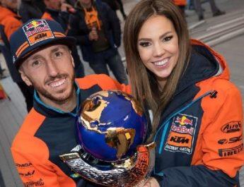 Juara Dunia Motokros 9 Kali Cairoli Umumkan Kebahagiaan Istrinya Hamil